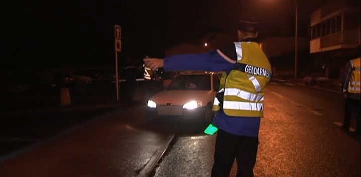 Photo d'illustration d'un contrôle routier des gendarmes à la sortie de boites de nuit