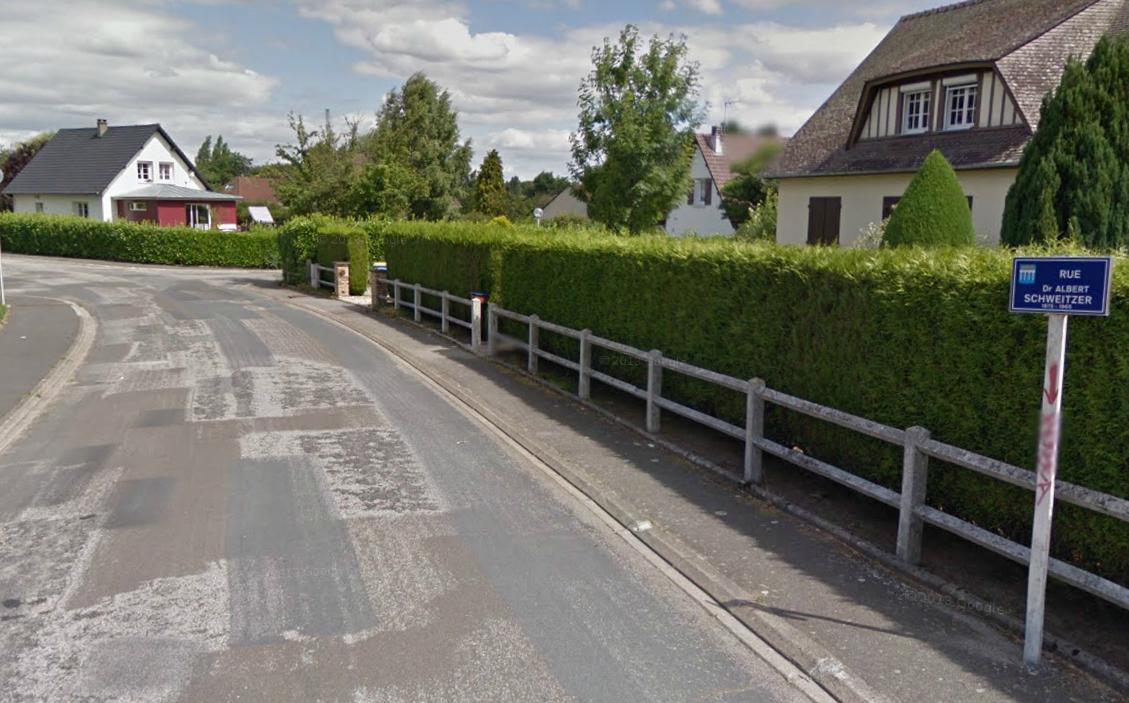 Rue du Docteur Albert Schweitzer, à Barentin : c'est dans une propriété de ce quartier paisible que le drame s'est déroulé (Photo d'illustration)