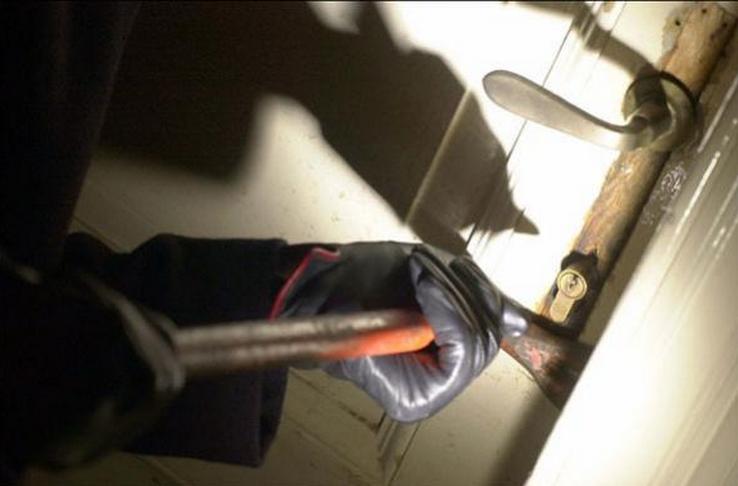 Le groupe d'enquêtes anti-cambriolages de Saint-Germain-en-Laye a pu établir que les deux jeunes gens étaient les auteurs d'au moins dix vols par effraction (Photo d'illustration)