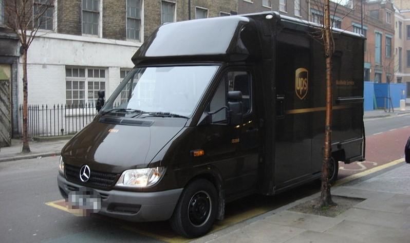 Photo d'illustration d'un fourgon de livraison de la société UPS