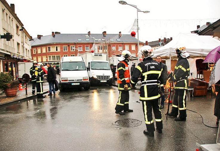 Pompiers, policiers et techniciens de GrDF nt été mobilisés toute la journée  (Céline Jégu)