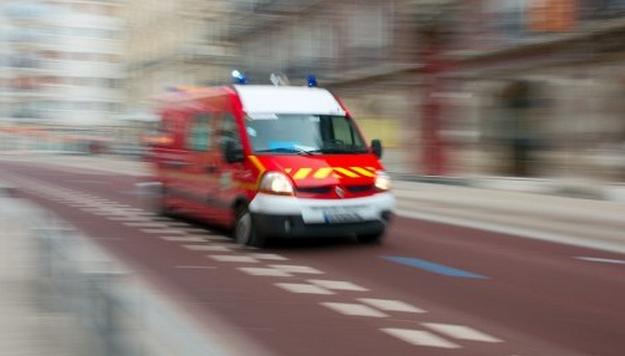 Les secours n'ont rien pu faire pour l'adolescent qui a succombé à ses blessures (Photo d'illustration)