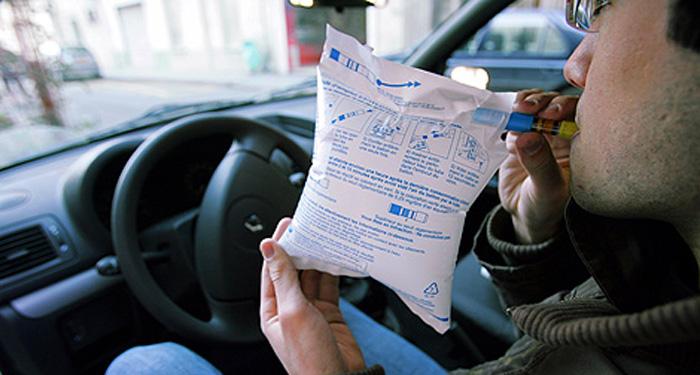 Dans le département de l'Eure, des éthylotests seront distribués par les gendarmes du 26 au 31 décembre afin d'inciter les conducteurs à vérifier leur aptitude ou non à prendre le volant (Photo d'illustration)