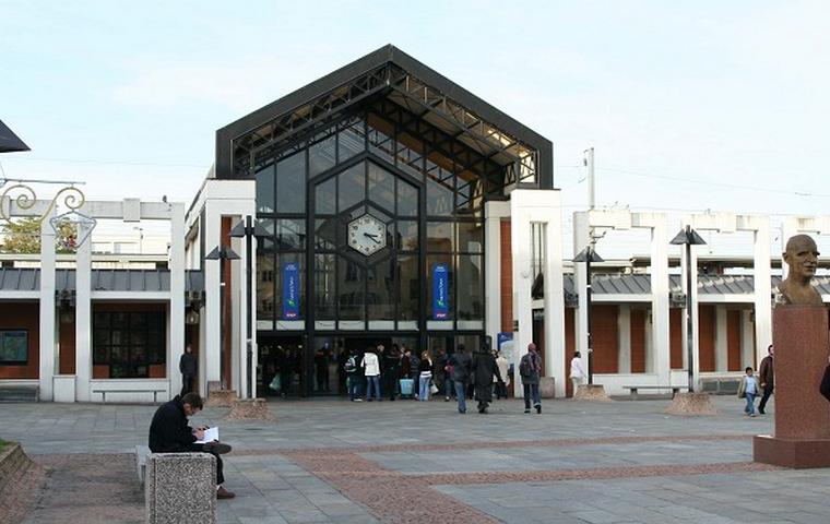 Les faits se sont déroulés dans l'enceinte de la gare de Poissy (Photo d'illustration)