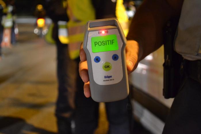 L'éthylotest des policiers a viré au vert : le conducteur de la voiturette avait 2,40 g dans le sang (Photo d'illustration)