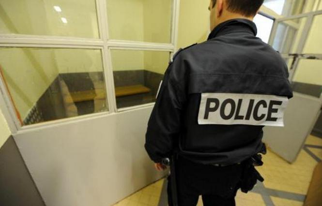 L'exhibitionniste a été placé en garde à vue (Photo d'illustration)