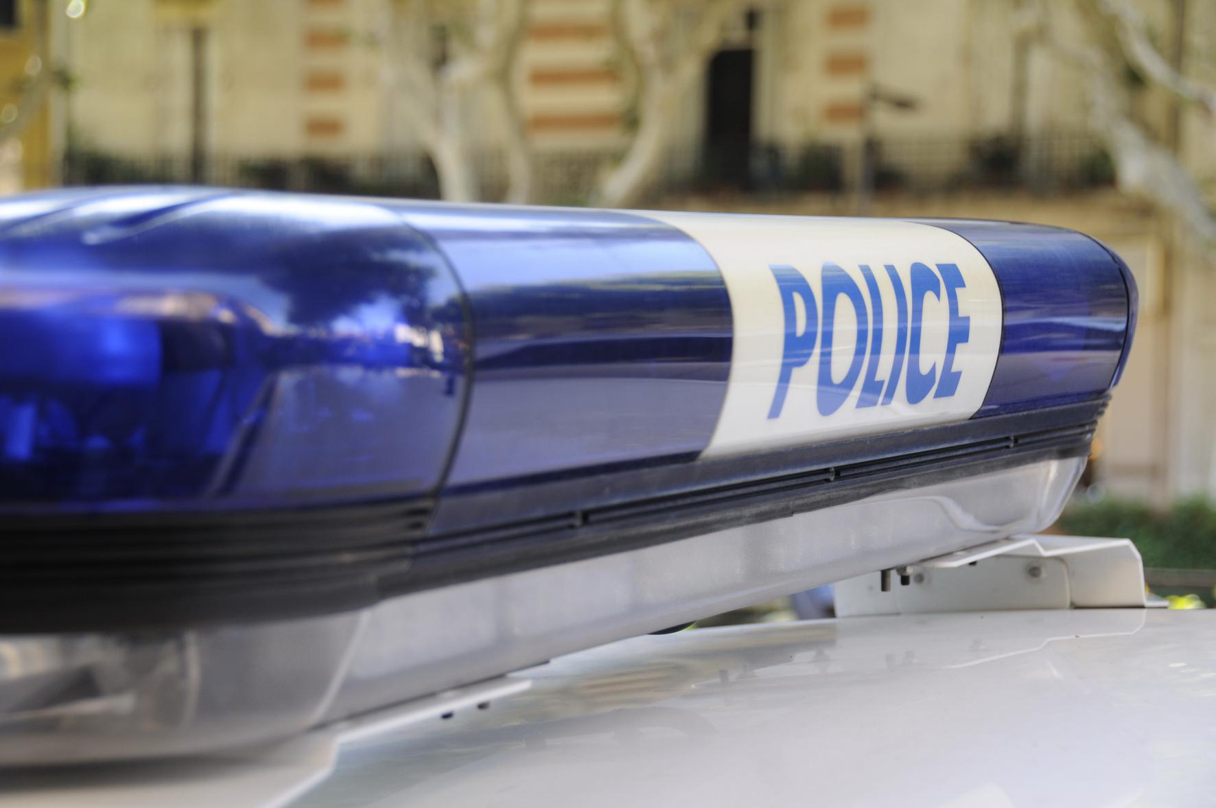 Rouen : il tentait d'incendier une Mercedes avec une chaussette enflammée