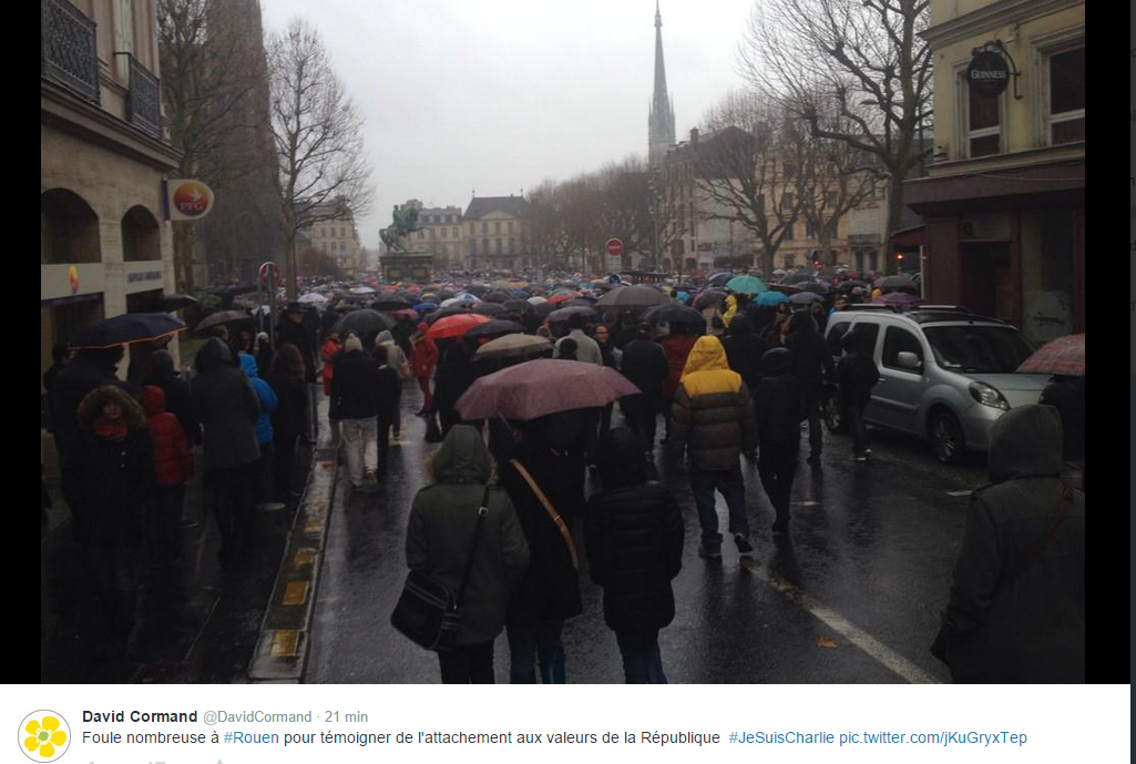 """Rassemblement """"Je suis Charlie"""" à Rouen : le témoignage des internautes sur Twitter"""