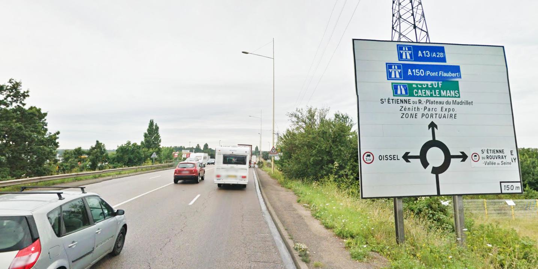 Il est conseillé d'éviter la D18E via le rond-point des Vaches ce lundi matin en raison du barrage filtrant mis en place par les routiers (Photo d'illustration)