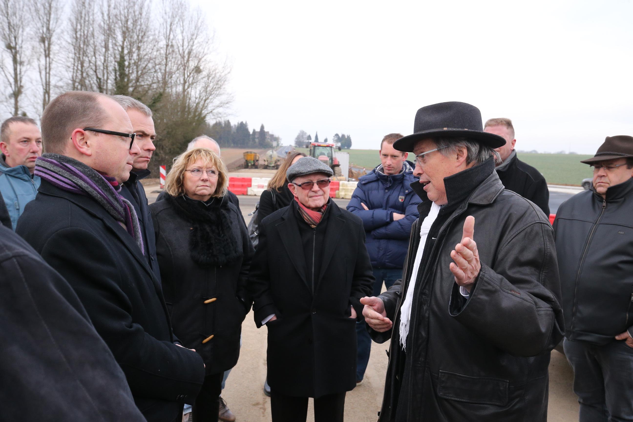 Nicolas Rouly lors de la visite ce mercredi en présence de Christophe Bouillon, député de Seine-Maritime, de Martine Blondel vice-présidente du Département, de Michel Barrier, vice-président du Département en charge des infrastructures et d'Alain Legrand, maire de Louvetot (Photo @CG76)