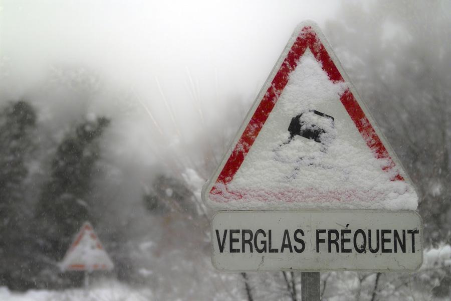 La circulation pourrait être très délicate samedi dans la matinée à en juger les prévisions de Météo France