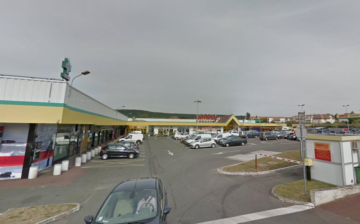 Le centre commercial du Maupas où se sont déroulés les faits ce matin (Photo d'illustration @Google Maps)
