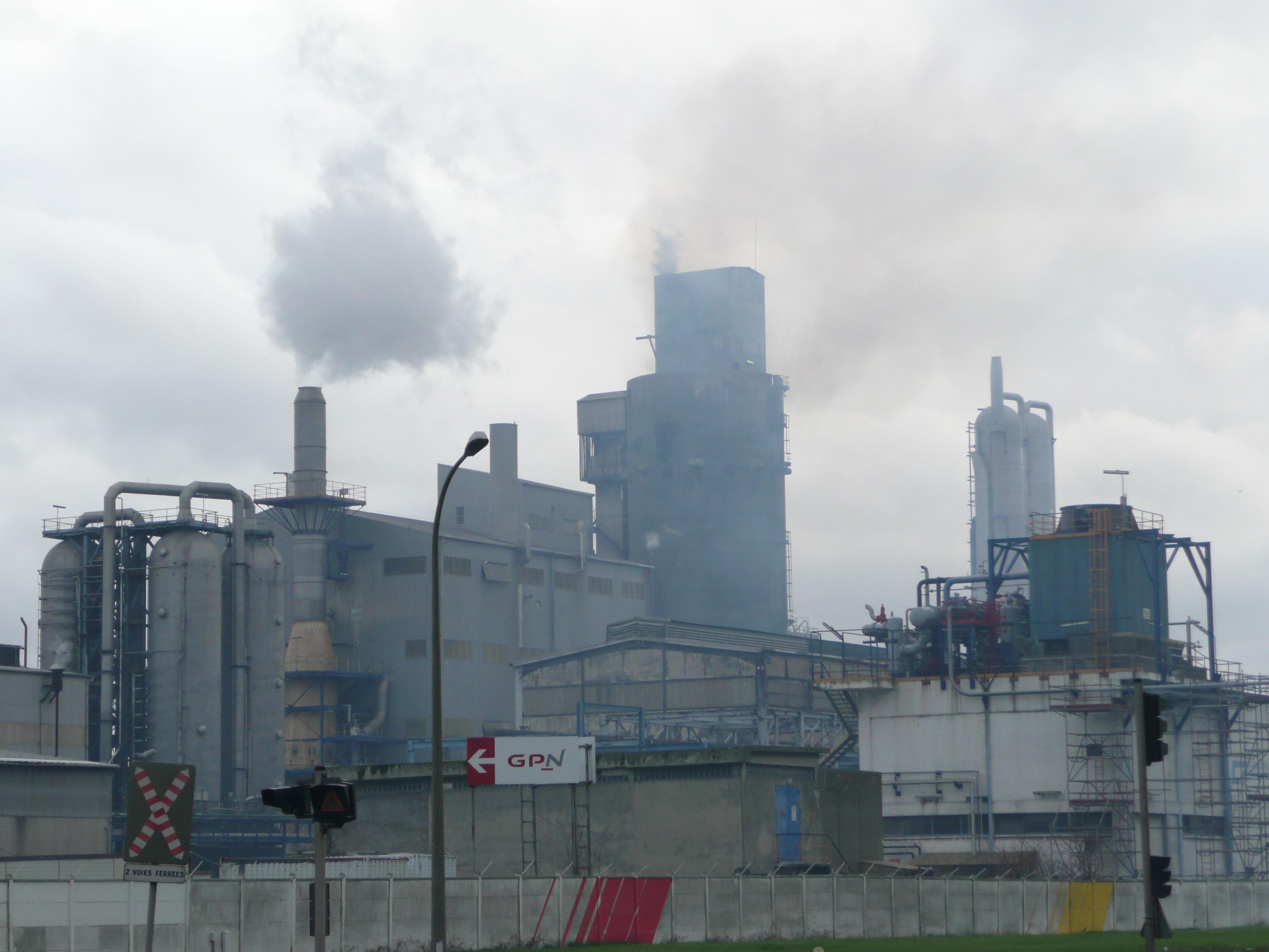 Les industriels sont invités à réduire leur activité les jours de pollution (Photo d'illustration @infoNormandie))