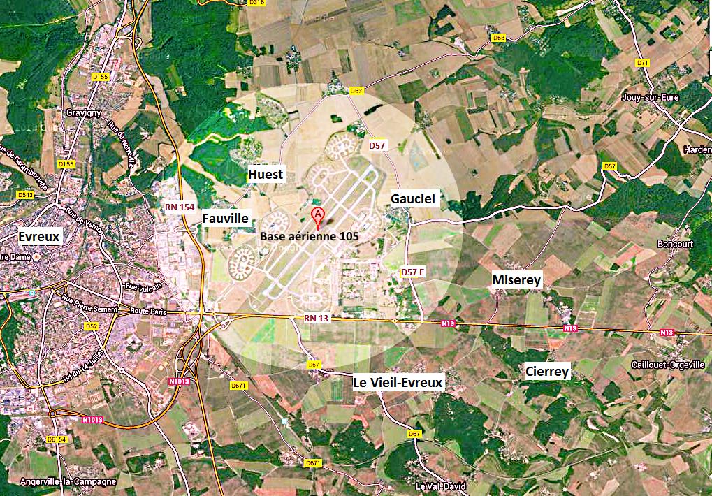 Un périmètre de sécurité de 1  000 mètres sera instauré autour de la base. Cliquez sur l'image pour l'agrandir  (Illustration avec Google Maps)