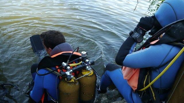 Le corps a été remonté par les plongeurs (Photo d'illustration)