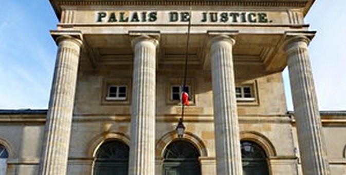 Déférés au palais de justice, les deux escrocs présumés ont été placés en détention par le juge des libertés et de la détention (Photo d'illustration)