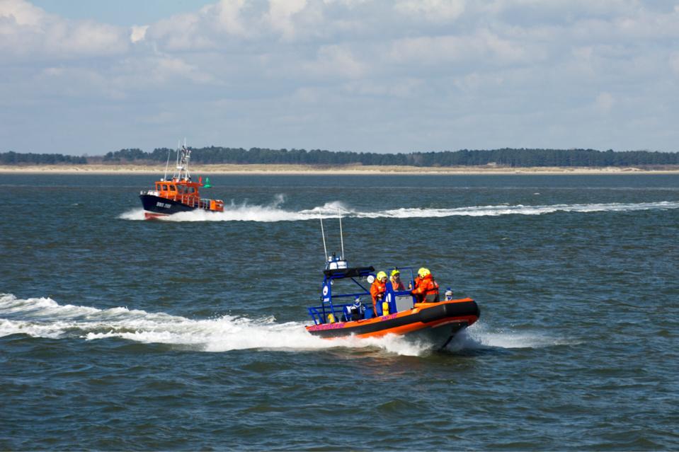 Exercice d'évacuation d'un navire en baie de Somme : de gros moyens maritimes déployés