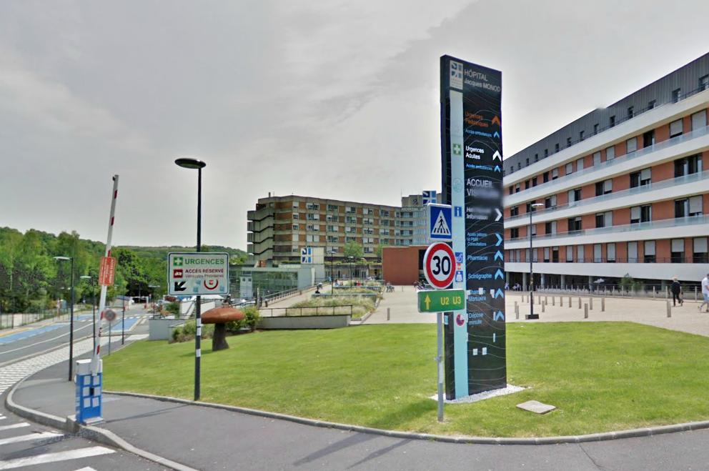L'adolescente a été admise aux urgences du centre hospitalier Jacques Monod (Photo d'illustration)