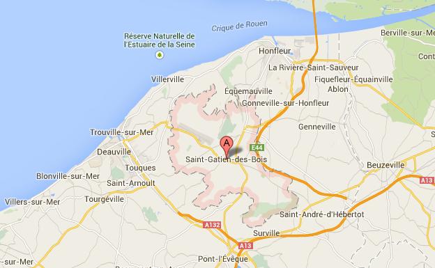 La D17 coupée dans les deux sens à Saint-Gatien-des-Bois (Calvados)