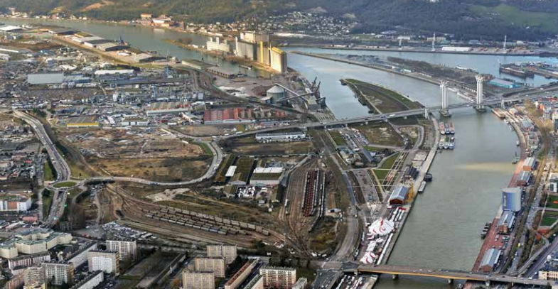 Des aménagements sont prévus de part et d'autre du pont Flaubert (Photo Dréal)