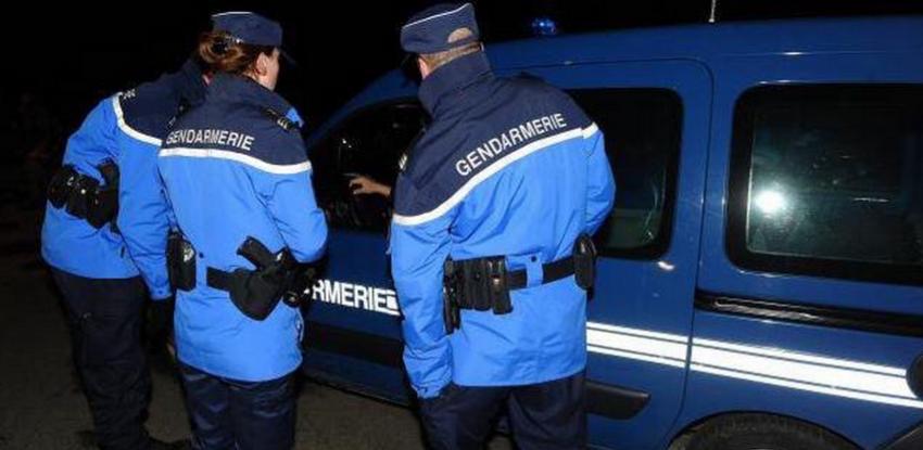 La gendarmerie a enquêté et mis en place des surveillances pendant plusieurs semaines en bordure des parkings où les agressions avaient été signalées, en bordure de la RN 12 (illustration)