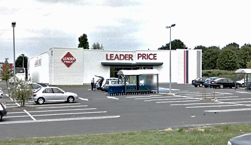 Le magasin Leader Price, situé en bordure de la D6015 (rue de la Libération) a déjà été la cible de plusieurs vols à main armée (Illustration)