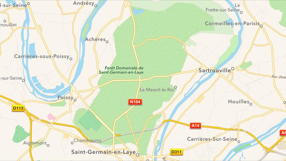 Saint-Germain-en-Laye : le pilote d'une moto tué en percutant un arbre sur la N184
