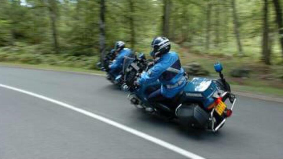 Les motards de l'escadron de sécurité routière (EDSR) de la gendarmerie pourront donner de précieux conseils aux jeunes conducteurs à travers des ateliers de sensibilisation (@illustration)