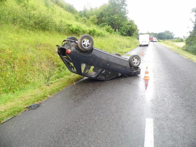 Après deux tonneaux, la voiture s'est immobilisée sur la chaussée (@DR)