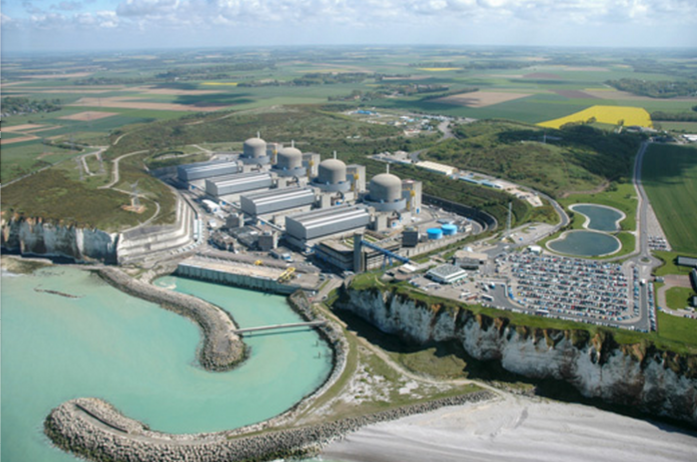 Un incident similaire s'était produit le lundi 21 octobre 2013 : un départ de feu avait été observé dans la salle des machines de l'unité de production n°1, dans la partie non nucléaire de l'installation (Photo :@EDF)