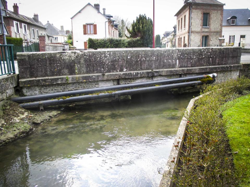 A Pont-Saint-Pierre, le pont de l'Andelle est en travaux jusqu'au 21 août : perturbations à prévoir