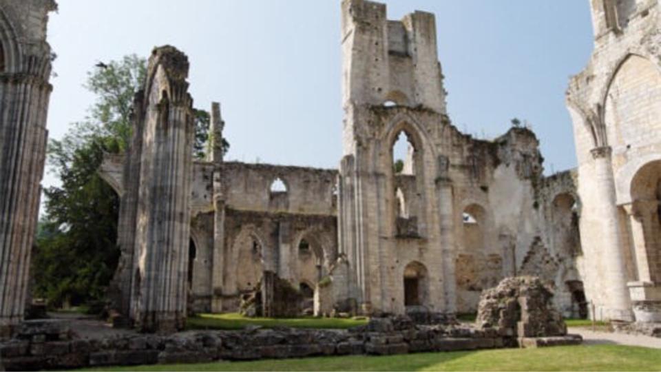 L'Abbaye de Jumièges en lice pour devenir le monument préféré des français 2015