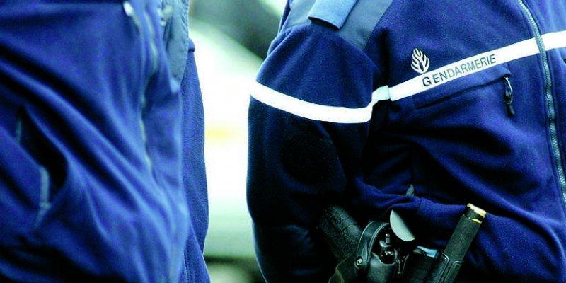 Deux gendarmes blessés à Pont-Audemer: l'auteur des violences est en garde à vue