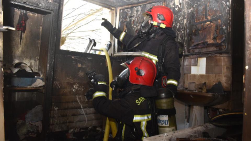 Yvelines : incendie au 11ème étage à Trappes. 4 pompiers blessés, 6 familles relogées