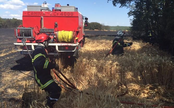 Eure : 10 hectares de chaume détruits par le feu à la Croix-Saint-Leufroy