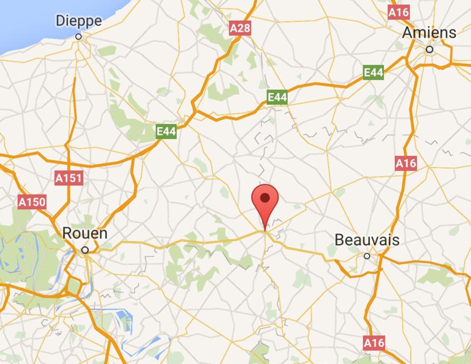 Trois blessés graves dans la 306 percutée par un semi-remorque à Gournay-en-Bray