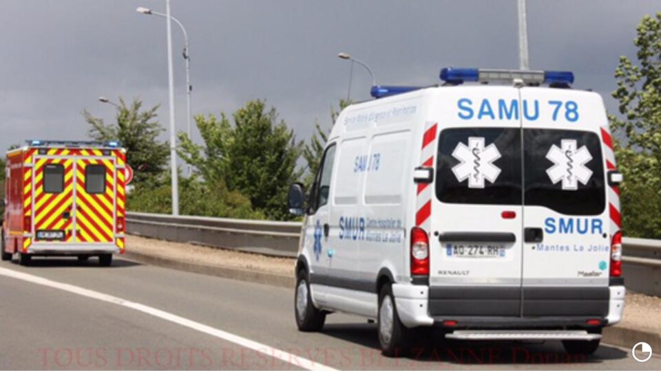 La jeune fille a été transportée sous assistance médicale et escorte policière à l'hôpital Necker à Paris