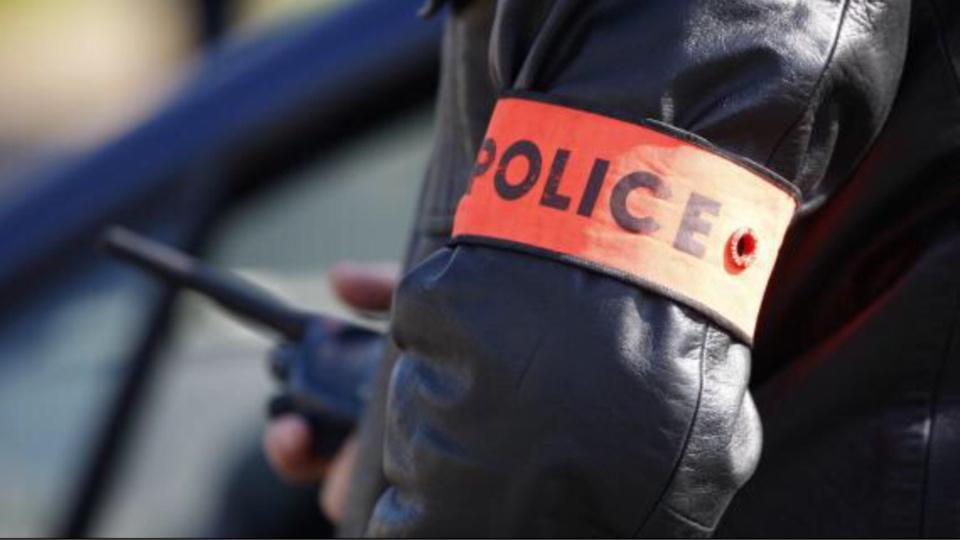 Rouen : interdit de séjour en France, il menaçait les passants avec un couteau