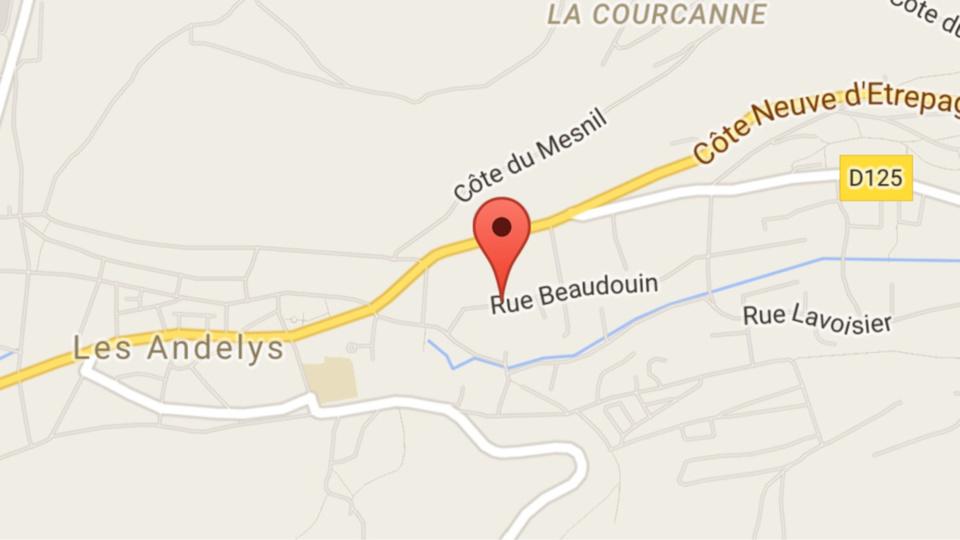 Eure : un entrepôt de meubles en feu cette nuit aux Andelys