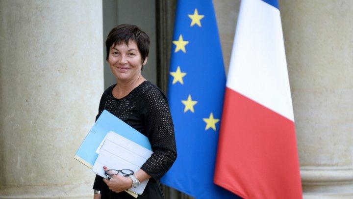 Annick Girardin a été nommée secrétaire d'Etat dans le gouvernement Valls le 9 avril 2014. Auparavant, elle était député de Saint-Pierre et Miquelon