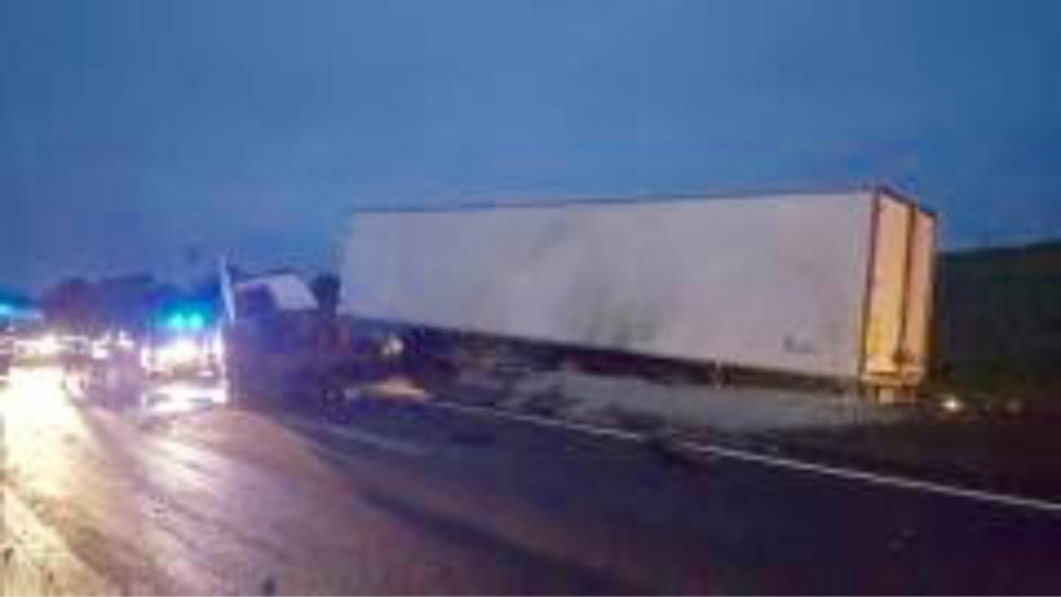 [CE MATIN] Seine-Maritime : un poids-lourd en difficulté perturbe la circulation sur l'A29