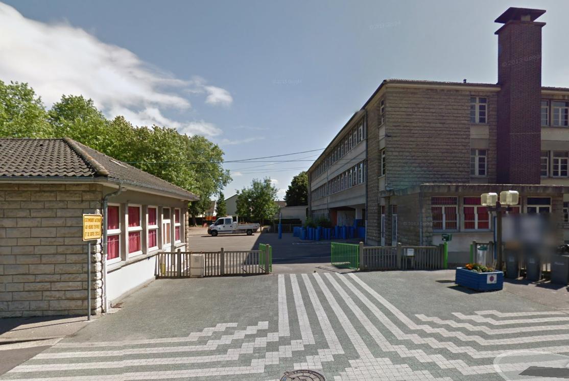 Pour les enquêteurs il ne fait guère de doute que l'incendie à l'école primaire Kadeau de Kerville est d'origine criminelle