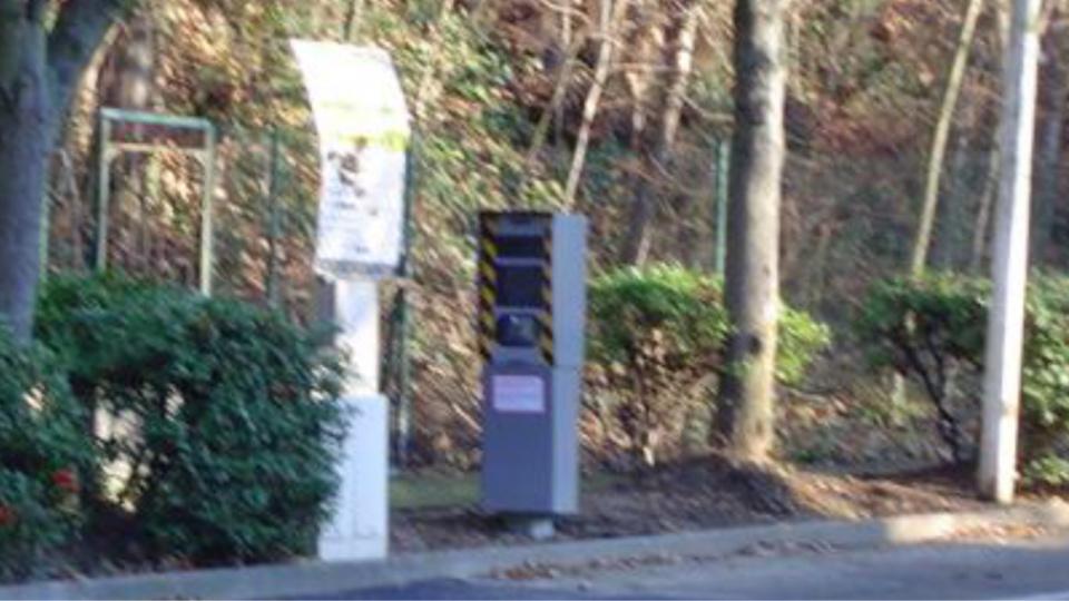 Yvelines : un radar fixe endommagé par un feu d'origine criminelle à Poissy