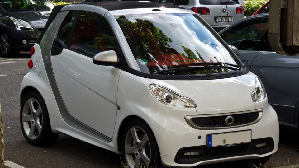"""La Smart Fortwo arrive en tête du Top 10 des voitures volées au baromètre de """"40 millions d'automobilistes"""" (Photo @DR)"""