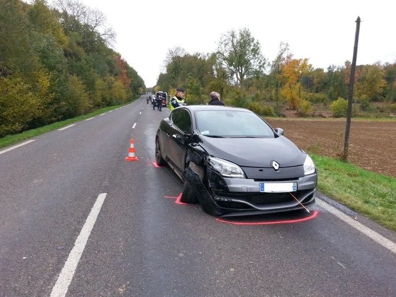 La Mégane RS, interceptée par les gendarmes, avait été repérée dans le secteur de Forges-les-Eaux. Son conducteur a été interpellé (Photo @Gendarmerie nationale)