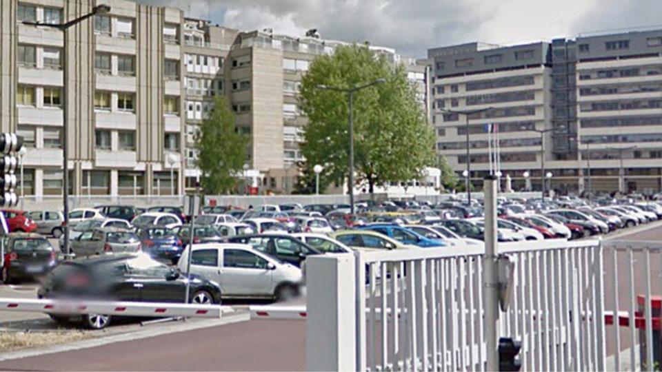 Rouen : deux voleurs à la roulotte interpellés sur le parking de l'hôpital Charles Nicolle