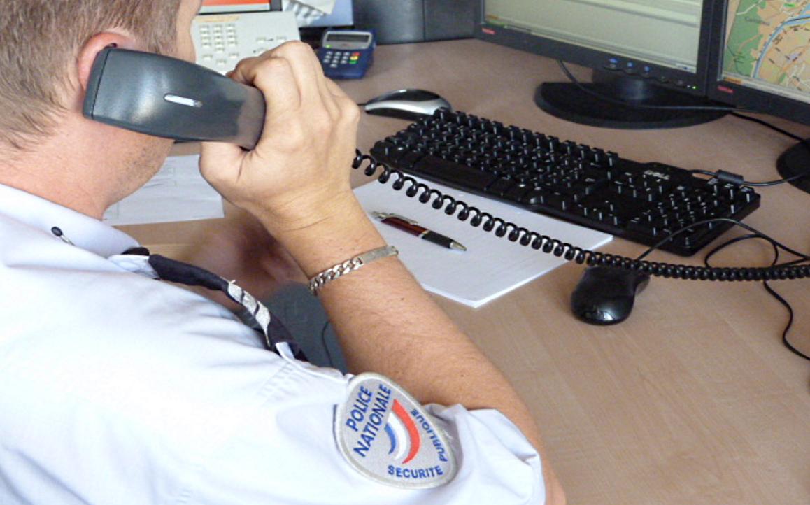 Les policiers ont identifié le numéro masqué et ont pu localiser l'appel à Versailles (Illustration)