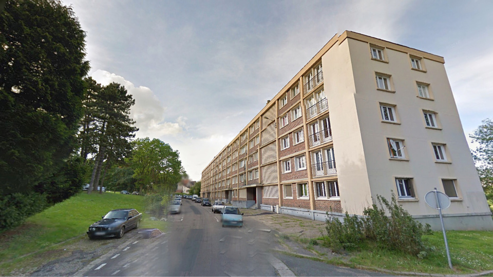 C'est dans un des immeubles de la rue Claude d'Alvincourt, sur les Hauts de Rouen, que le forcené s'est retranché dimanche après-midi (illustration)