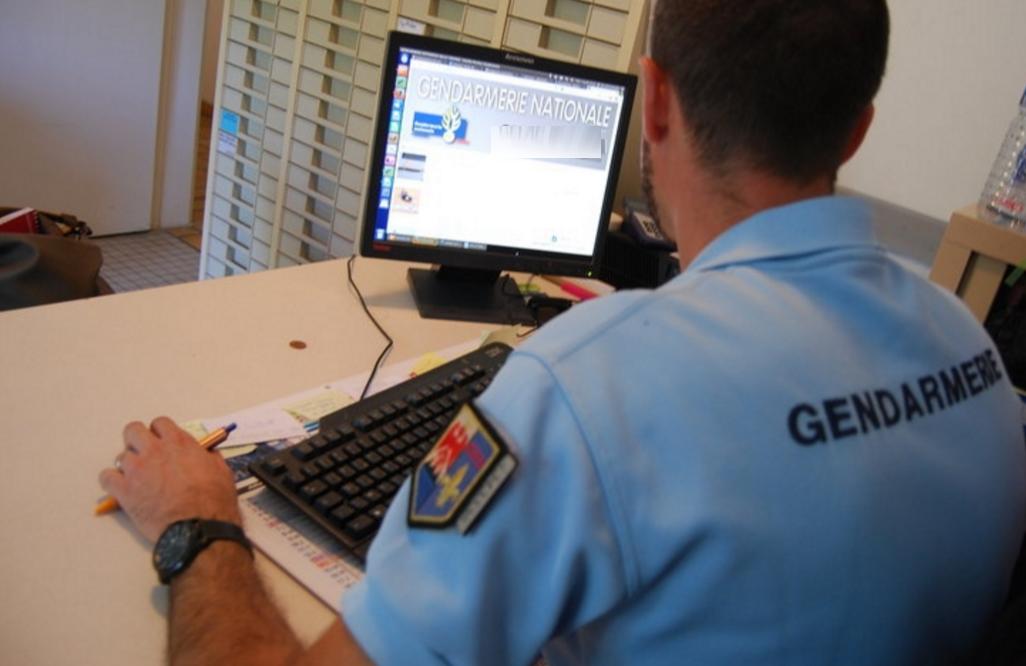 Les gendarmes spécialisés en nouvelles technologies ont parvenus à remonter jusqu'aux faussaires (Illustration)