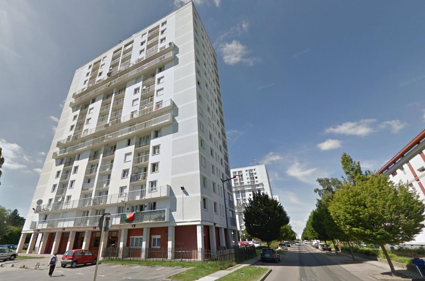 C'est dans un appartement situé au 10ème d'une des tours de la rue Camille Pissarro, à Canteleu, que les policiers ont interpellé le père de famille (Illustration@Google Maps)